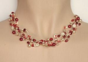Collier de mariée en ivoire et rouge