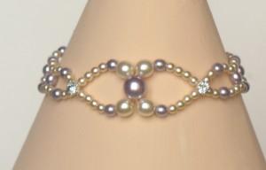 Bracelet mariage personnalisé ivoire, lilas et strass