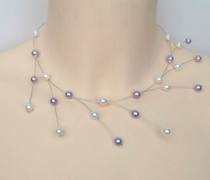 Collier mariage blanc et lilas