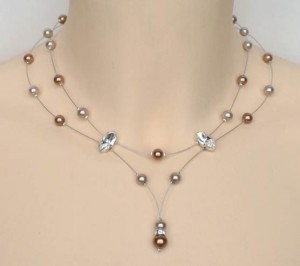 Collier_mariage_perles taupe_et_cappuccino