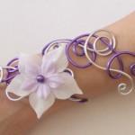 Bracelet_violet_argent_+_fleur_blanche_+_parme