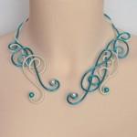 collier_aluminium_ivoire_turquoise_cle_de_sol_strass