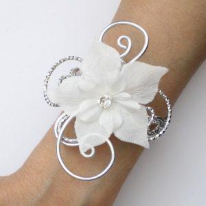 Bracelet mariage argent et fleur blanche